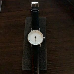 New Geneva watch,black or brown leather band & box